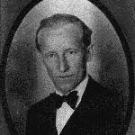 Professor e Diretor da Escola Industrial de Florianópolis, de 1956 a 1961, Sezefredo Blascke.